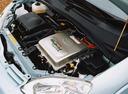 Фото авто Toyota Prius 1 поколение, ракурс: двигатель
