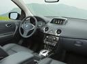 Фото авто Renault Koleos 1 поколение [2-й рестайлинг], ракурс: торпедо