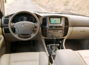 Фото авто Toyota Land Cruiser J100 [рестайлинг], ракурс: торпедо