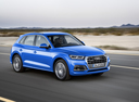 Фото авто Audi Q5 2 поколение, ракурс: 315 цвет: голубой