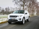 Фото авто Land Rover Discovery Sport 1 поколение, ракурс: 45 цвет: белый