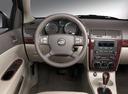 Фото авто Chevrolet Cobalt 1 поколение, ракурс: рулевое колесо