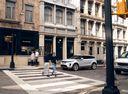 Фото авто Land Rover Range Rover Evoque L551, ракурс: 45 цвет: белый