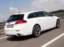 Фото авто Opel Insignia A, ракурс: 225 цвет: белый