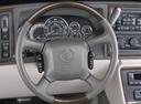 Фото авто Cadillac Escalade 2 поколение, ракурс: рулевое колесо