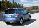 Фото авто Subaru Forester 4 поколение [рестайлинг], ракурс: 225 цвет: синий