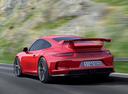 Фото авто Porsche 911 991, ракурс: 135 цвет: красный