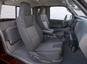 Фото авто Mazda B-Series 5 поколение [рестайлинг], ракурс: салон целиком