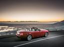 Фото авто Rolls-Royce Dawn 1 поколение, ракурс: 225 цвет: красный