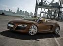 Фото авто Audi R8 1 поколение, ракурс: 45 цвет: коричневый
