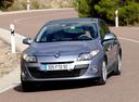 Фото авто Renault Megane 3 поколение, ракурс: 45 цвет: серебряный