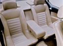 Фото авто BMW 6 серия E24 [2-й рестайлинг], ракурс: задние сиденья