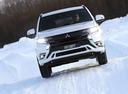 Фото авто Mitsubishi Outlander 3 поколение [3-й рестайлинг],  цвет: белый