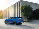Фото авто Jaguar F-Pace 1 поколение, ракурс: 135 цвет: синий