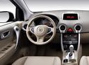 Фото авто Renault Koleos 1 поколение, ракурс: рулевое колесо