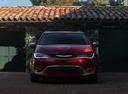 Фото авто Chrysler Pacifica 2 поколение,  цвет: красный