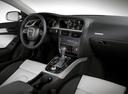 Фото авто Audi A5 8T, ракурс: торпедо