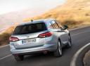 Фото авто Opel Astra K, ракурс: 180 цвет: серебряный
