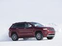 Фото авто Jeep Grand Cherokee WK2 [рестайлинг], ракурс: 315 цвет: красный