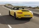 Фото авто Porsche 911 991 [рестайлинг], ракурс: 135 цвет: желтый