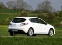 Фото авто Mazda 3 BL, ракурс: 225 цвет: белый