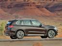 Фото авто BMW X5 F15, ракурс: 270 цвет: коричневый