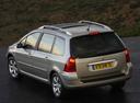 Фото авто Peugeot 307 1 поколение [рестайлинг], ракурс: 135 цвет: серебряный