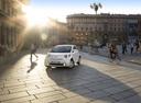 Фото авто Toyota iQ 1 поколение, ракурс: 45