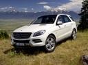 Фото авто Mercedes-Benz M-Класс W166, ракурс: 45 цвет: белый