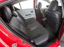 Фото авто Toyota Prius C 1 поколение, ракурс: задние сиденья