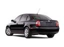 Фото авто Volkswagen Passat B5.5 [рестайлинг], ракурс: 135 цвет: черный