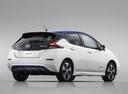 Фото авто Nissan Leaf 2 поколение, ракурс: 225 цвет: белый