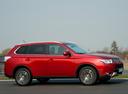 Фото авто Mitsubishi Outlander 3 поколение [рестайлинг], ракурс: 270 цвет: красный