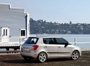 Фото авто Skoda Fabia 5J, ракурс: 270 цвет: серебряный