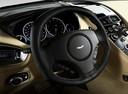 Фото авто Aston Martin Vanquish 2 поколение, ракурс: рулевое колесо