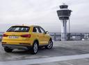 Фото авто Audi Q3 8U [рестайлинг], ракурс: 225 цвет: желтый