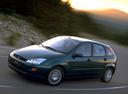 Фото авто Ford Focus 1 поколение, ракурс: 45 цвет: зеленый
