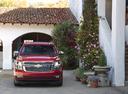 Фото авто Chevrolet Tahoe 4 поколение,  цвет: красный