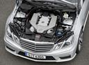 Фото авто Mercedes-Benz E-Класс W212/S212/C207/A207, ракурс: двигатель цвет: серебряный