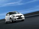 Фото авто Suzuki Swift 3 поколение, ракурс: 315 цвет: белый