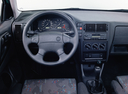 Фото авто Volkswagen Polo 2 поколение [рестайлинг], ракурс: торпедо