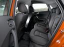 Фото авто Audi A1 8X, ракурс: задние сиденья цвет: оранжевый
