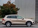 Фото авто Volkswagen Touareg 2 поколение [рестайлинг], ракурс: 270 цвет: золотой