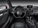 Фото авто Audi A3 8V, ракурс: рулевое колесо