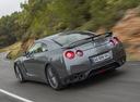 Фото авто Nissan GT-R R35 [2-й рестайлинг], ракурс: 135 цвет: серый