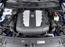Фото авто Volkswagen Touareg 2 поколение [рестайлинг], ракурс: двигатель