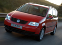 Фото авто Volkswagen Touran 1 поколение, ракурс: 45