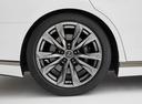 Фото авто Lexus LS 5 поколение, ракурс: колесо цвет: белый