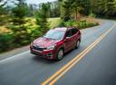 Фото авто Subaru Forester 5 поколение, ракурс: 45 цвет: красный