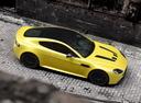 Фото авто Aston Martin Vantage 3 поколение [2-й рестайлинг], ракурс: 270 цвет: желтый